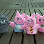 Marionnettes à doigts : les 3 petits cochons