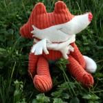 Fabrication d'un tapis à histoire : La moufle (le renard)