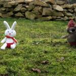 Fabrication d'un tapis à histoire : La moufle (le lapin)