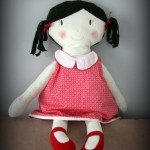 Une TRES grande poupée pour des malades d'Alzheimer