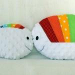 Tapis petit poisson blanc : les ass'mat au boulot (petit poisson blanc et sa maman)
