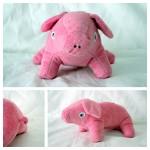 Le tapis à histoire de La petite taupe qui voulait savoir qui lui avait fait sur la tête : le cochon