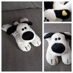 Le tapis à histoire de La petite taupe qui voulait savoir qui lui avait fait sur la tête : le chien !!!