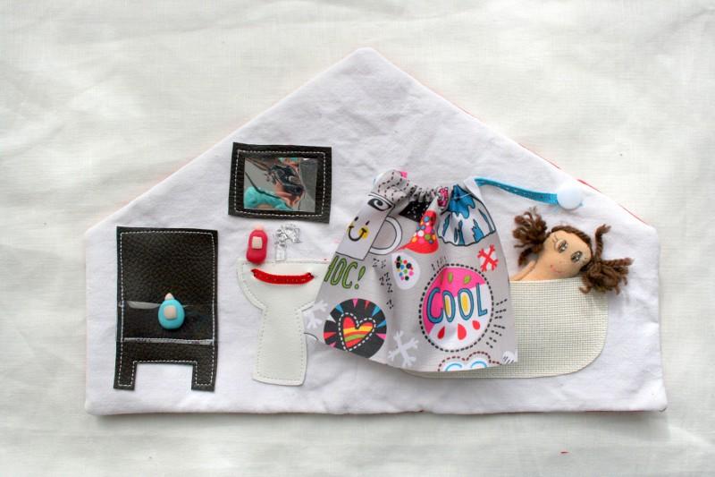 ma maison de poup e en tissu la salle de bain couture. Black Bedroom Furniture Sets. Home Design Ideas