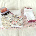 Dans la classe de maîtresse Isabelle : trousseau de naissance pour poupées !